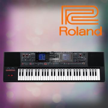 Roland 自動伴奏琴/雙銀幕旗艦機種61鍵
