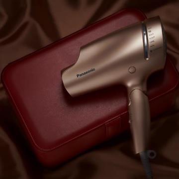 (福利品) 國際牌Panasonic 奈米水離子吹風機精裝版