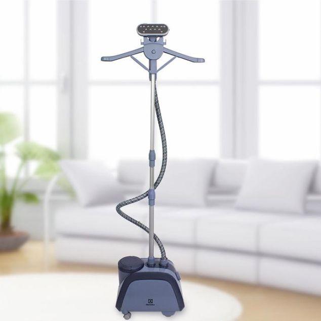 Electrolux高效除皺直立式蒸氣掛燙機